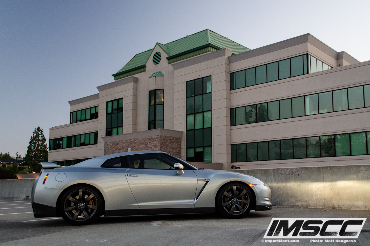 2009-nissan-gt-r-article-04